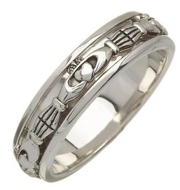 RINGS CLEARANCE - FADO STERLING CLADDAGH SPINNER RING - FINAL SALE