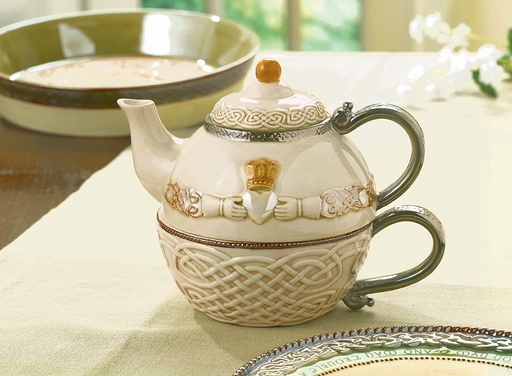 TEAPOTS, MUGS & ACCESSORIES CLADDAGH 'TEA FOR ONE'