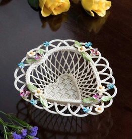 DECOR FLOWERS OF SPRING BELLEEK BASKET