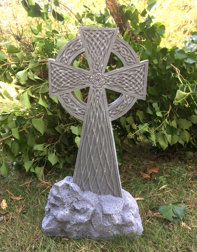 GARDEN LARGE CELTIC GARDEN CROSS