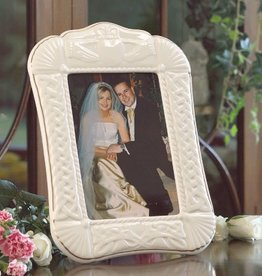 FRAMES & DECOR BELLEEK CLADDAGH FRAME 5X7""
