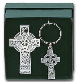 KEYCHAINS/CAR/ETC CELTIC CROSS VISOR CLIP & KEYCHAIN SET