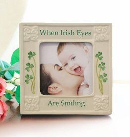 "FRAME ""IRISH EYES"" BELLEEK 3x3"" FRAME"