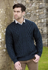 SWEATERS GENTS TRADITIONAL IRISH KNIT V NECK SWEATER
