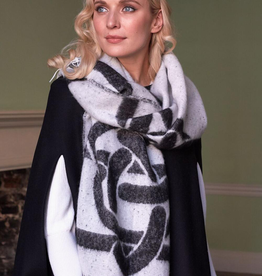 CAPES & RUANAS PATRICK FRANCIS CELTIC KNOT WRAP - Grey/Black