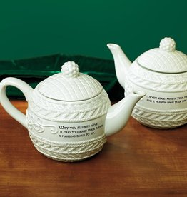 "TEAPOTS, MUGS & ACCESSORIES ""COZY n' CELTIC"" IRISH KNIT TEAPOT"