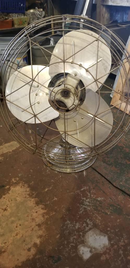 Fresh'nd Aire Fan Model 20