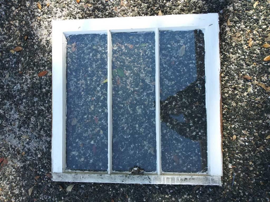 "3 Panel Window   31 1/4"" x 25 3/4"""