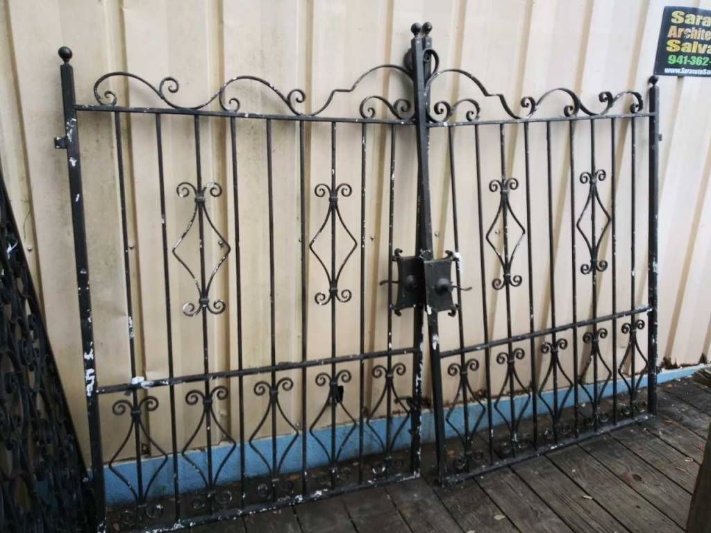 Black Gate panel