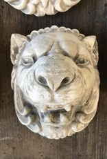 Small Round Lion Head Plaque
