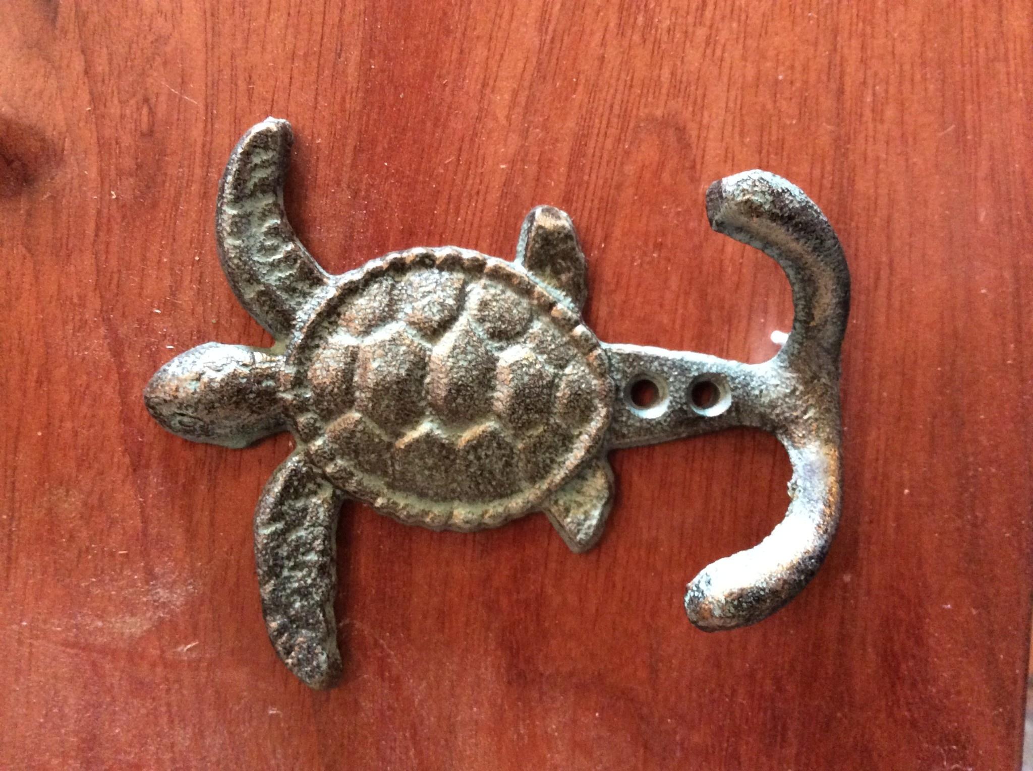 Turtle double hook