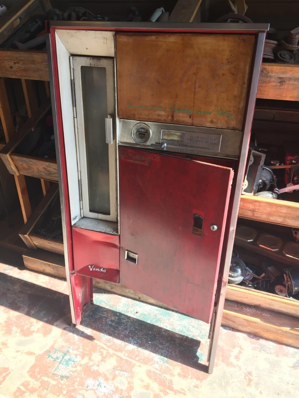 Coca Cola Machine Front
