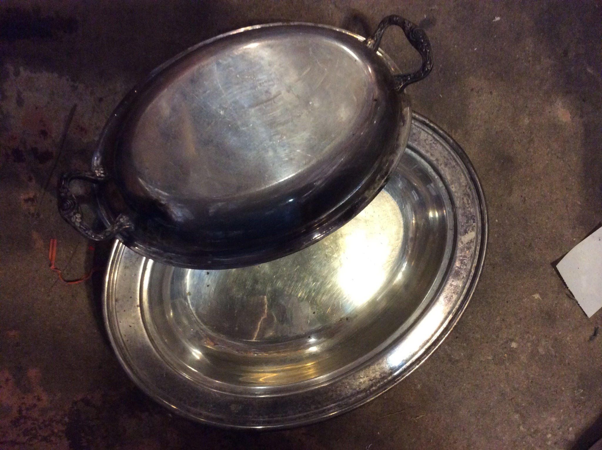 Oval Food Tray W/ Lid