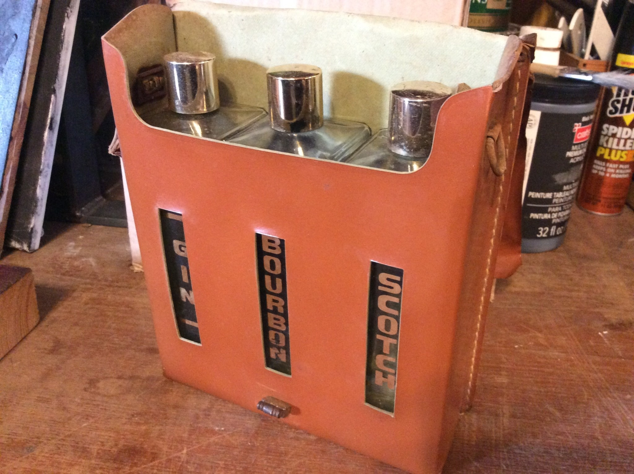 Gin bourbon scotch case