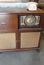 Vintage Crosley Radio & Record Player