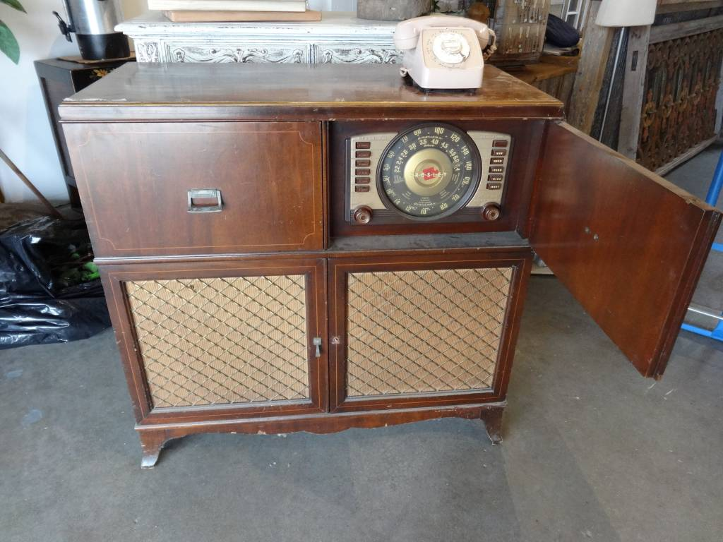 Vintage Crosley Radio Record Player Sarasota Architectural Salvage 1093 Central Ave Fl 34236