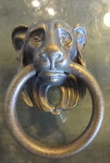 Iron Lions Head Pull