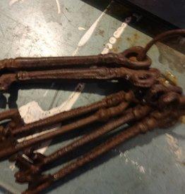 Dark iron key set