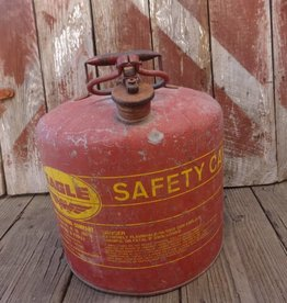 Lg Eagle Vintage Gas Can Red
