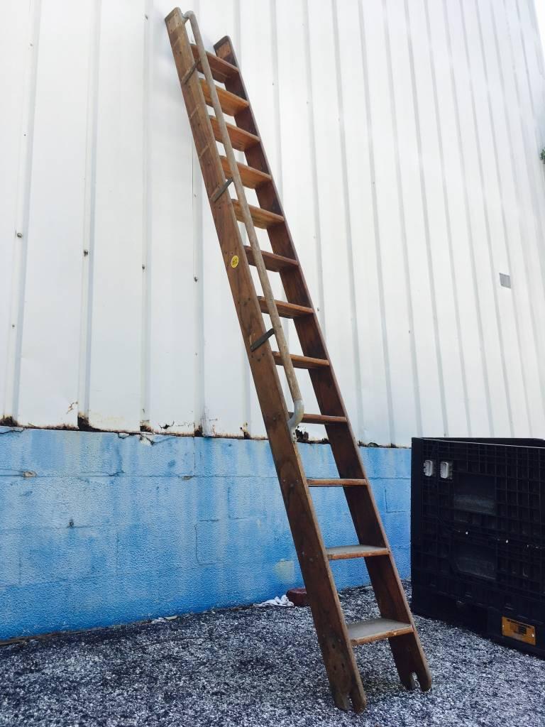 11.5' Vintage Putnam Library Ladder w/ Rail