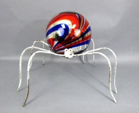 Iron Spider W/ Premium Gazing Ball
