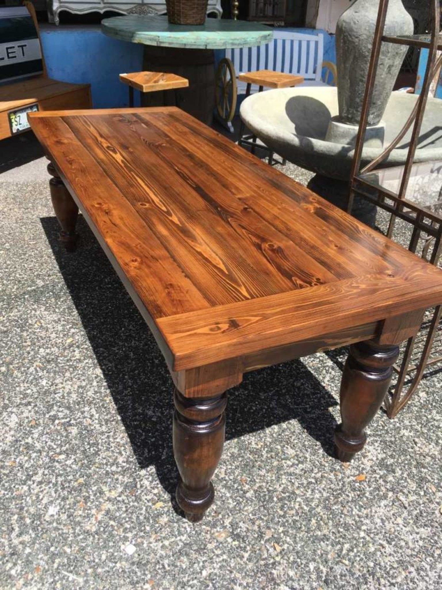 Cypress Dining Table W Turned Legs 30x32x82