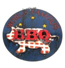 """World Famous BBQ Screen 22.5""""D"""