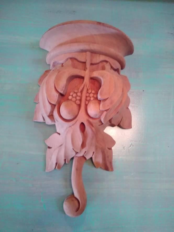 Carved Crobel