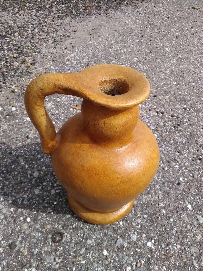 Terracotta Vase w. Handle