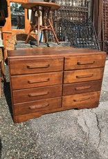 (8) Drawer Dresser
