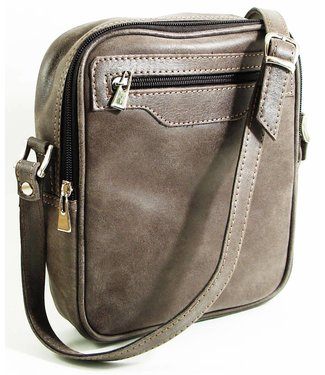 Cross body in Worn Leather w/Strap - Gray