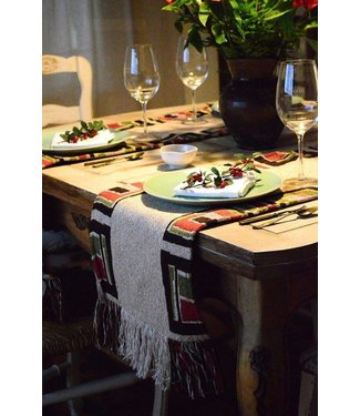 Huitru Table Runner Ampakama Sand 63""