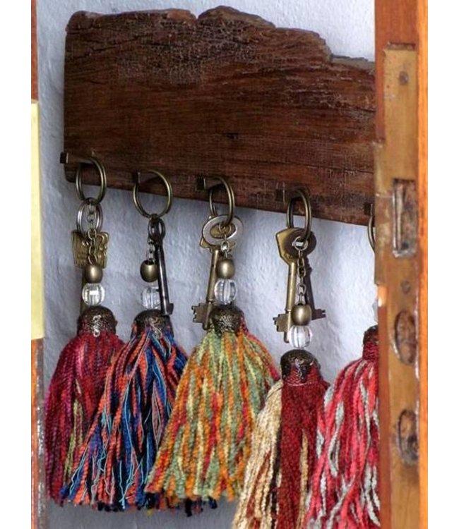 Huitru Tassel Key Chain