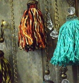 Huitru Tassel With Chain