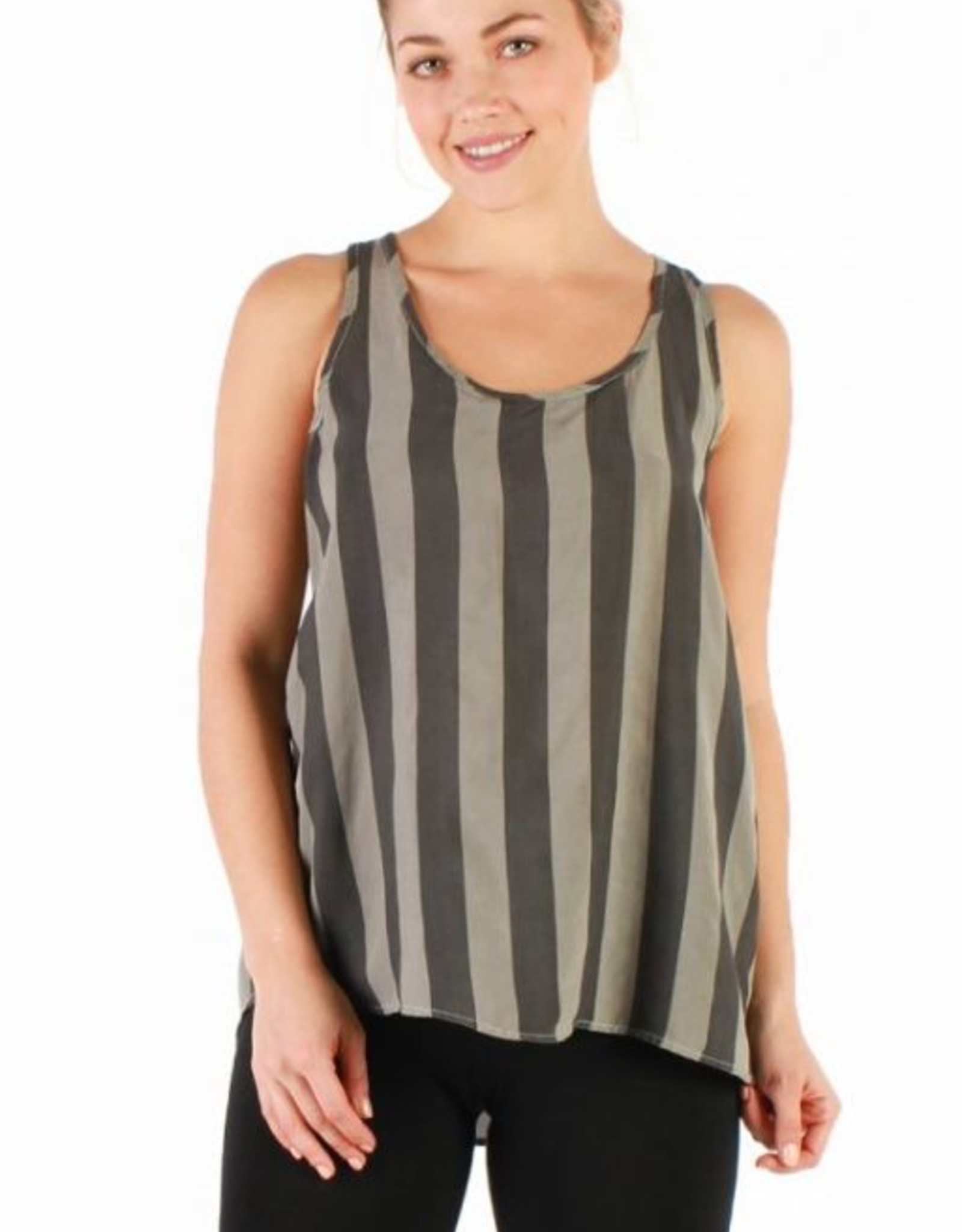 Tops Hard Tail - Shirt Tail Tank in Owl