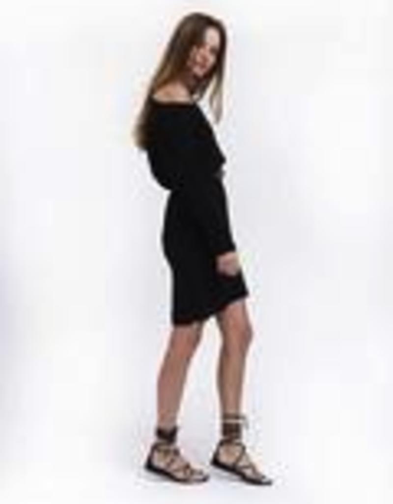 Dresses felicite - Off The Shoulder Dress in Black