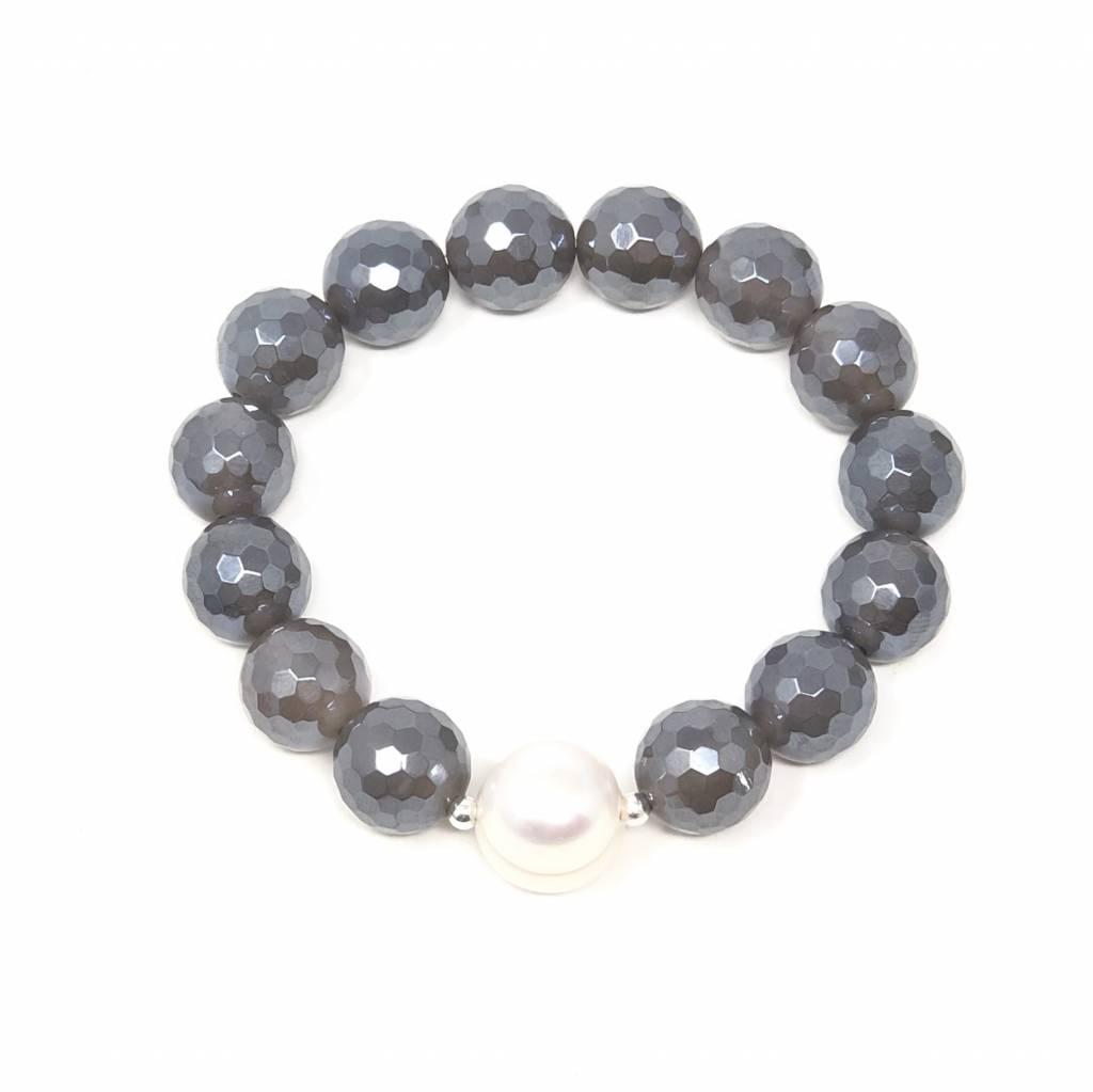 Dark Grey Coated Agate & Pearl Bracelet