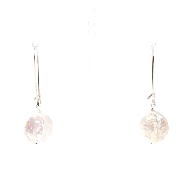 Lustre Coin Pearl Long Kidney Earrings