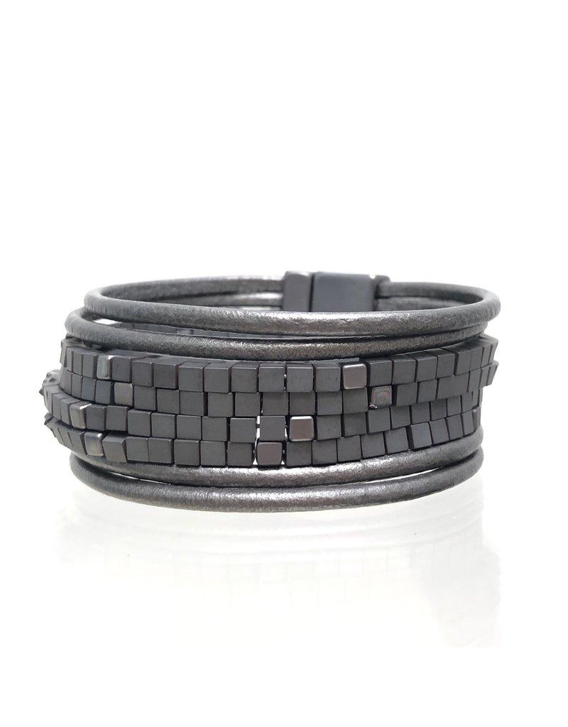 Sunrise USA Trading Grey Large Crystal Bracelet
