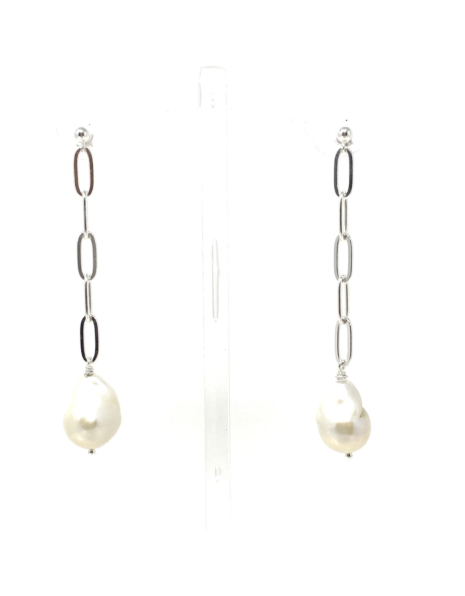 Paperclip Chain & Baroque Pearl Earrings