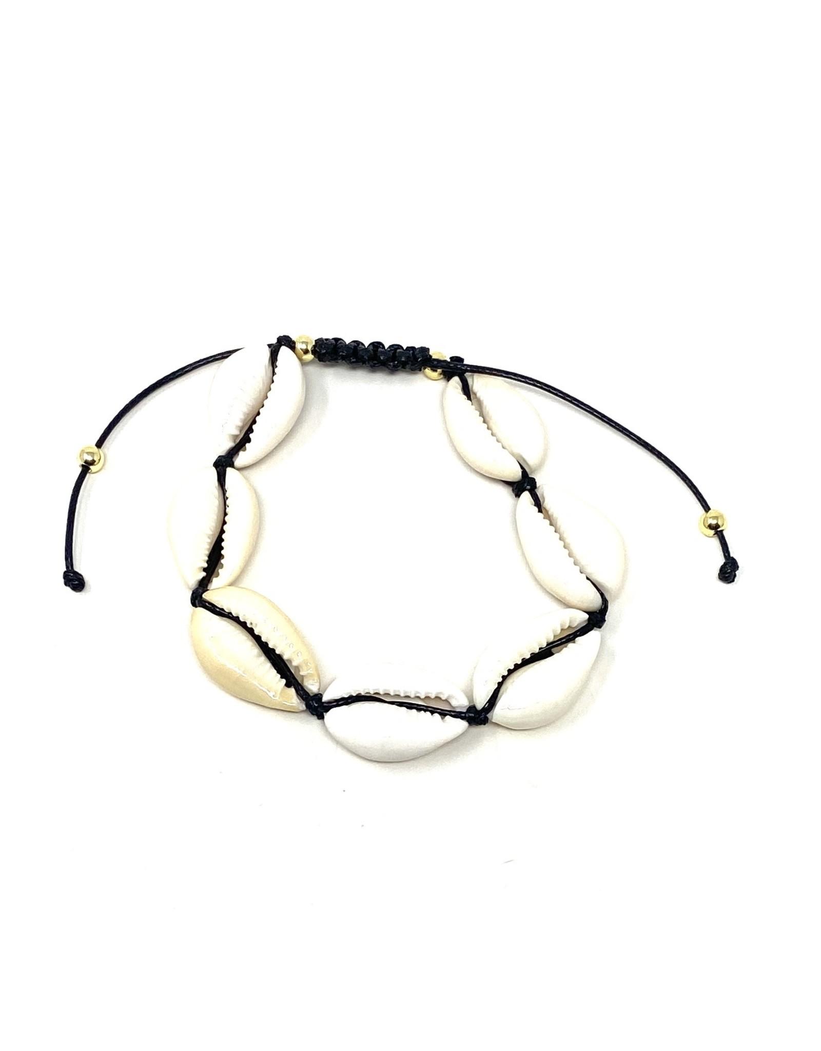 Nat. Cowrie Drawstring Bracelet