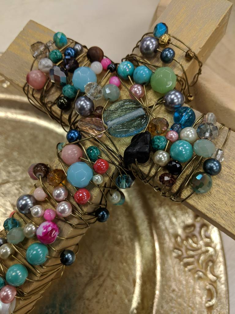 Beaded Wire Cross: Saturday March 23rd-2pm