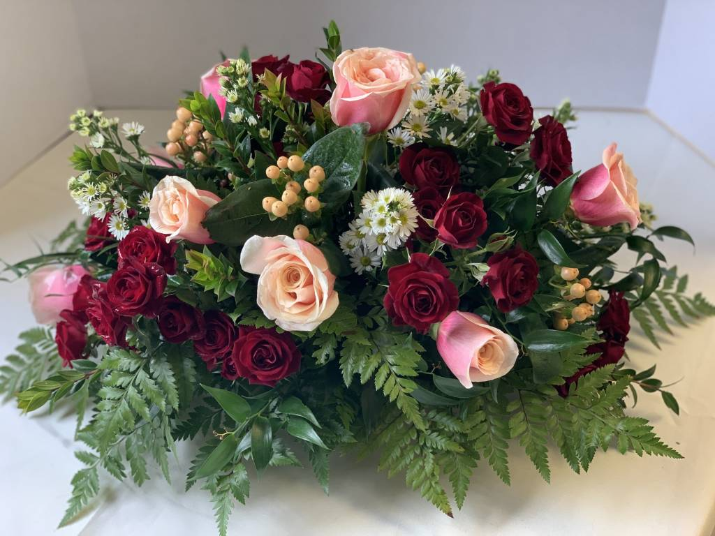 Valentine Floral Centerpiece: LARGE (approx 34 stems)