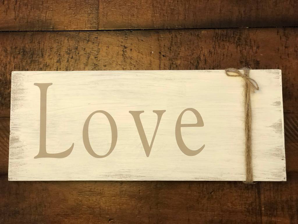Wood Sign Class: Sat, Feb. 3rd 11am-1:00pm