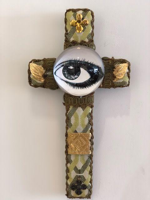 Small Cross - Eye