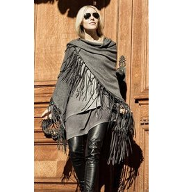 Rani Arabella Ranch Leather Fringes Shawl
