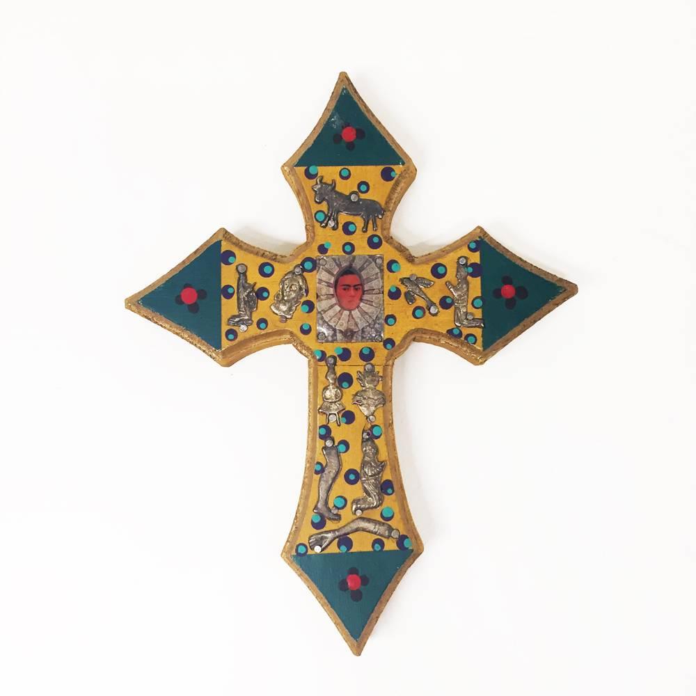 Frida Cross