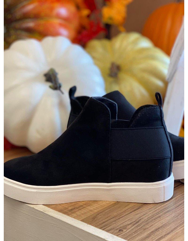 Pumped Up Kicks - Black