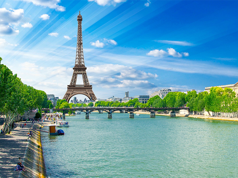Summer in France (L'été en France)