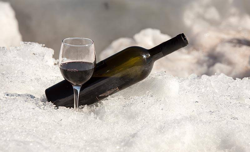 Chill Out With Red Wines for Summer